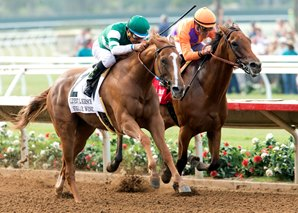 Stellar Wind (outside)  upset Beholder at Del Mar Saturday in the Grade I Clement Hirsch Stakes. Courtesy of Benoit Photography.