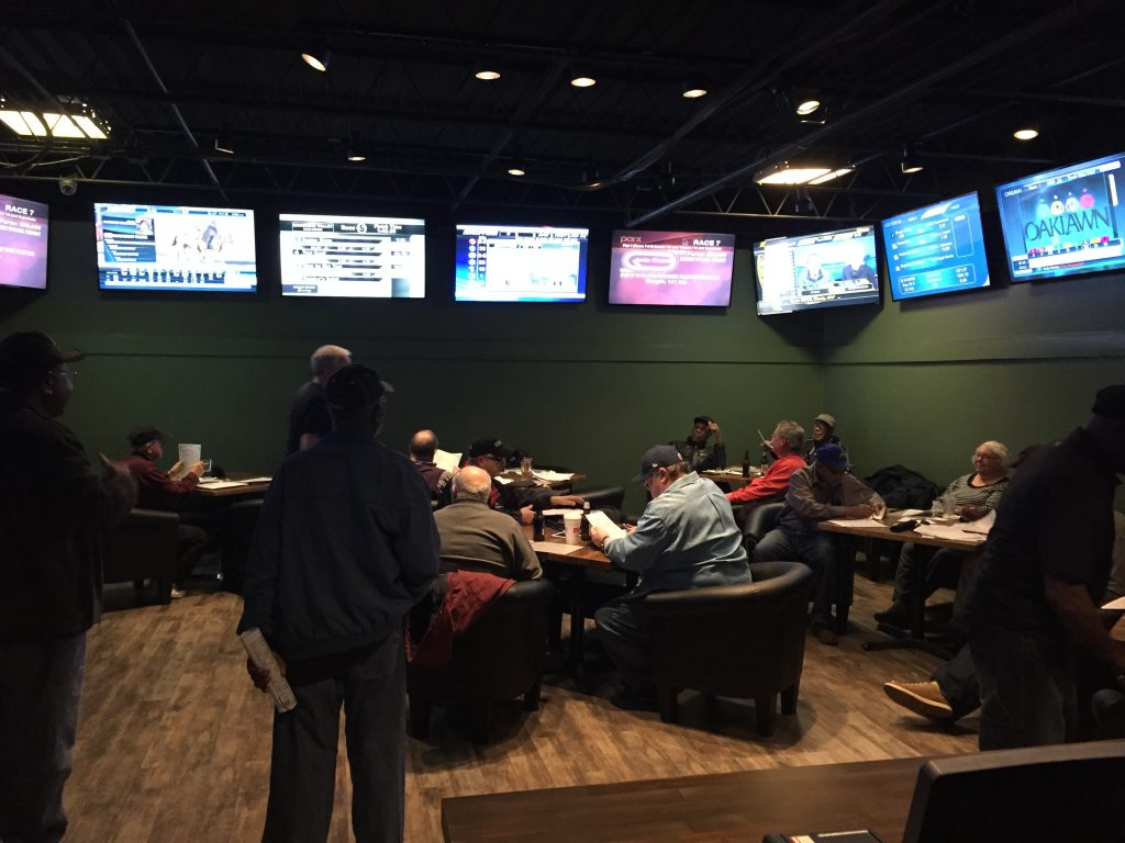 Ponies & Pints features a horseplayers exclusive room with 13 flat screen TVs, 4 self bet machines and 2 manned bet terminals.